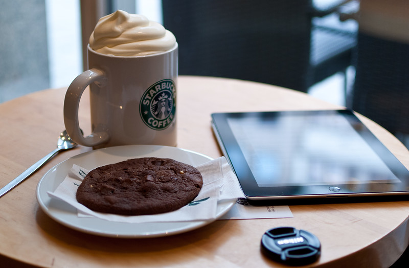 iPad in Starbucks