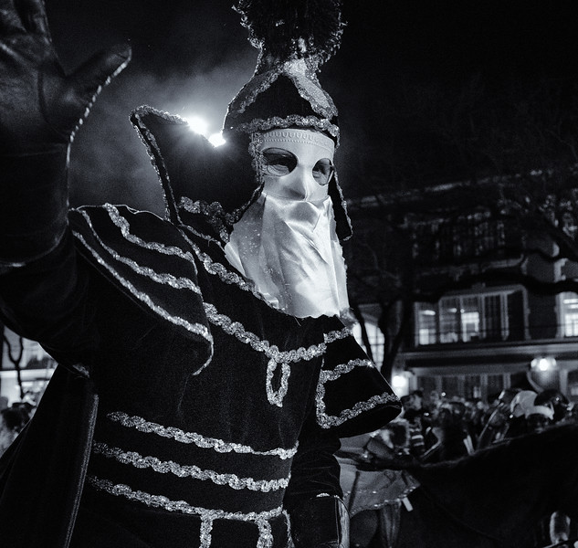 Mardi Gras Street Performer-16.jpg