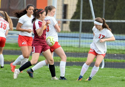 HS Sports - New Boston Huron at RIverview Girls Soccer 19