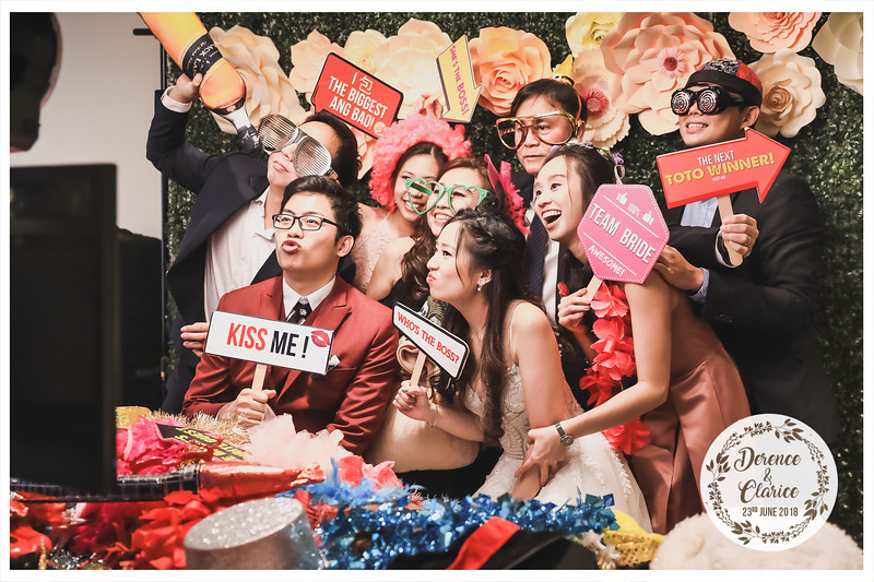 Wedding of Derence & Clarice   © www.SRSLYPhotobooth.sg