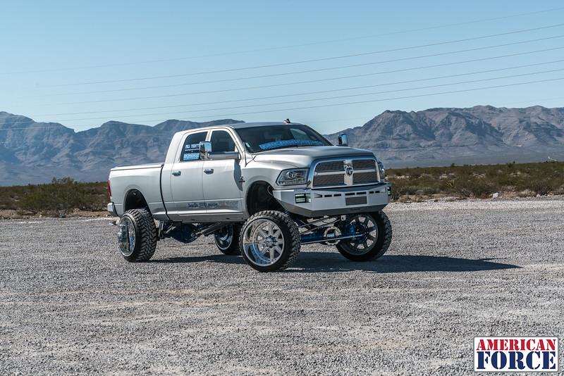 Ridin'-High-Silver-Dodge-Ram-161105-DSC02785-32.jpg
