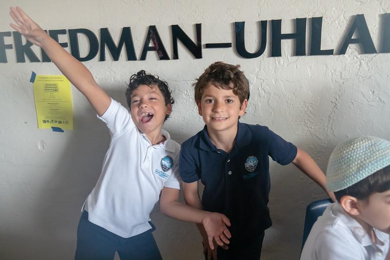 Grade 3 Generations M'Dor L'Dor Project | Scheck Hillel Community School-2.jpg