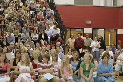 6/8/2006 - 8th Grade Graduation: 1101 - 1200 (of 1430)