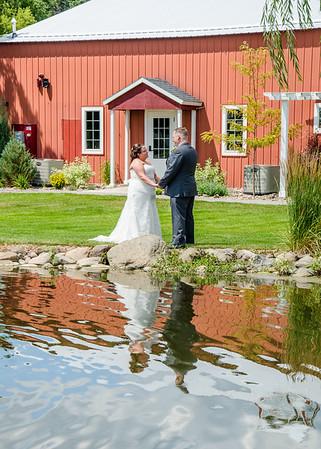 Travis & Tahlia Dierkes Wedding
