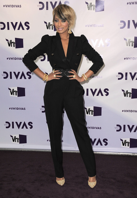 . Keri Hilson arrives at VH1 Divas on Sunday, Dec. 16, 2012, at the Shrine Auditorium in Los Angeles. (Photo by Jordan Strauss/Invision/AP)
