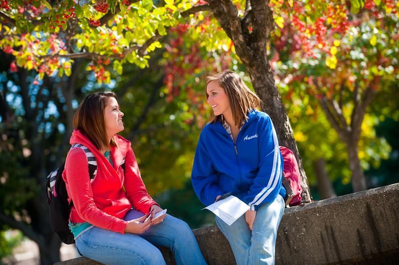 696558207_10_05_09_campus_scenes-229-20.jpg