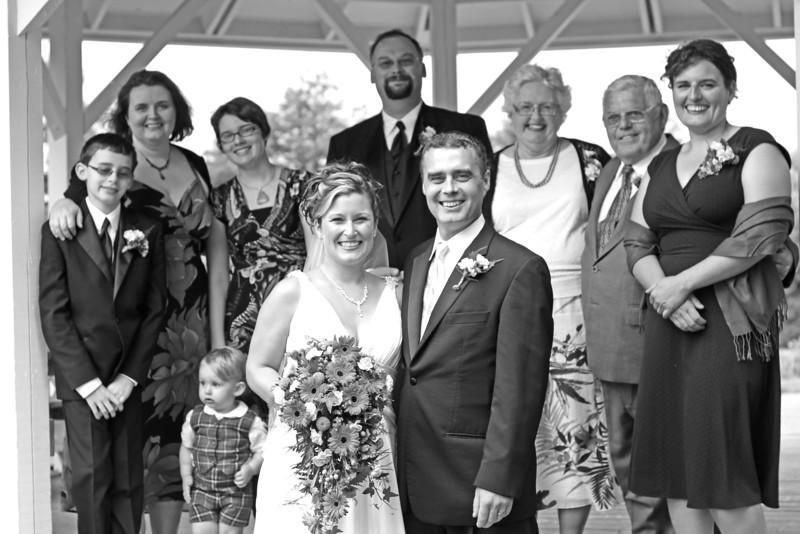 4.Family.BridalPartyShoot (14).jpg