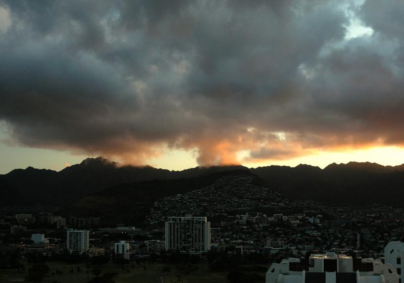 063- DSC_2220 Sunrise straight out window.jpg