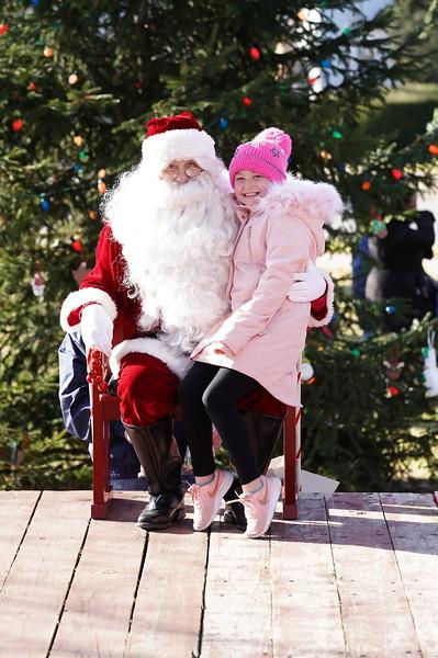 Santa In The Park 20190026.JPG
