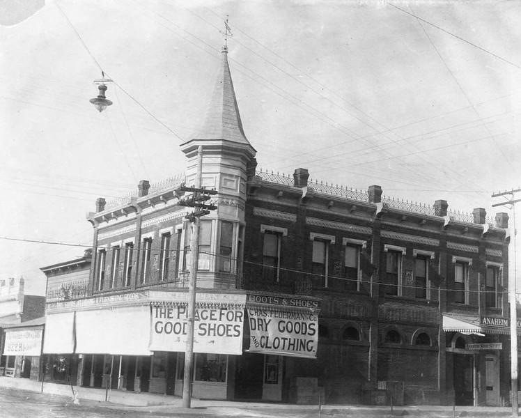 Anaheim-FedermanBlociBuilding-1899.jpg