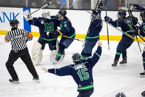 Ice Hockey: Marquette vs De Smet Leg Two & Mini-Game
