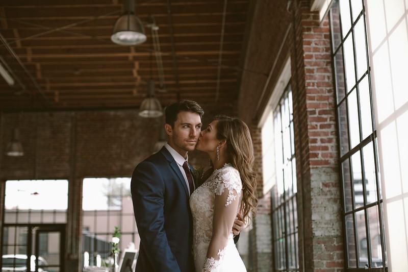 Kate&Josh_ZACH.WATHEN.PHOTOGRAPHER-715.jpg