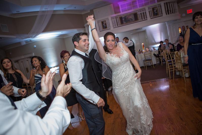 MRN_1312_Loriann_chris_new_York_wedding _photography_readytogo.nyc-.jpg.jpg