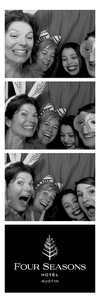 Say Cheese Photo Booths - Enclosed Gallery