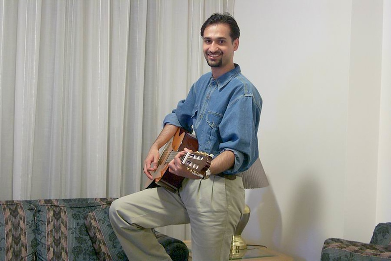 Haider-on-guitar-2.jpg