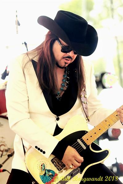 Eddie Perez - The Mavericks - Interstellar Rodeo 090.jpg