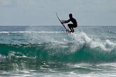 Extras - 2011 Breaka Burleigh Surf Pro Surfing