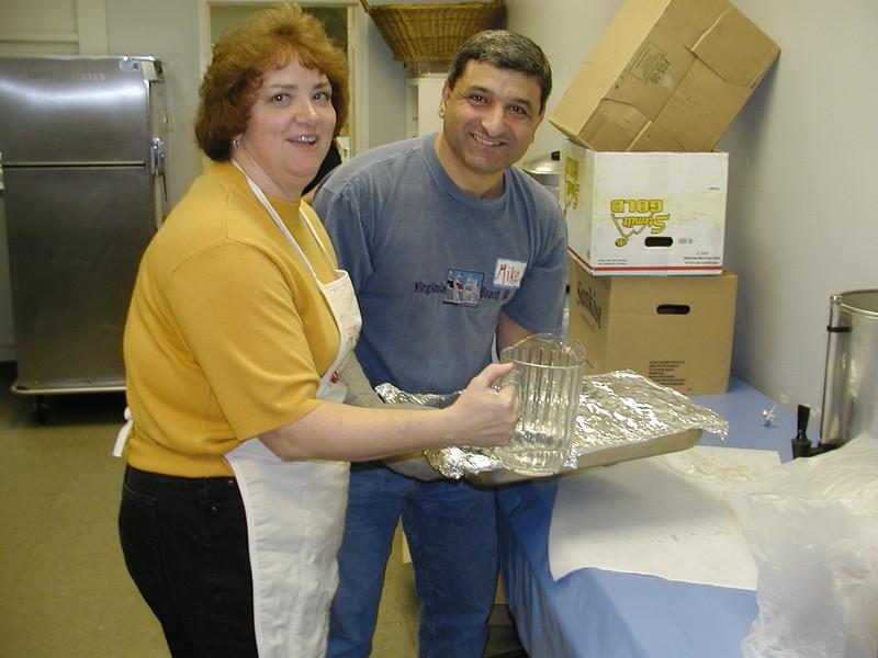 2003-11-15-Homeless-Feeding_019.jpg