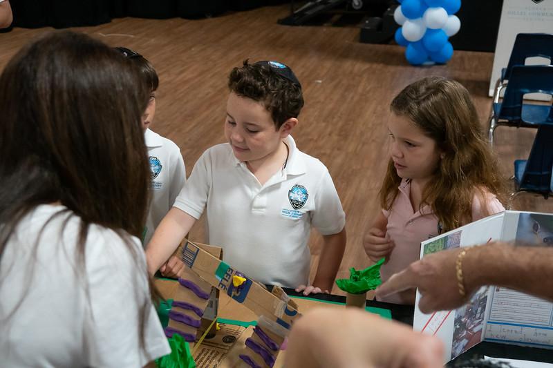 Grade 1 Playground Projects | Scheck Hillel Community School-9.jpg