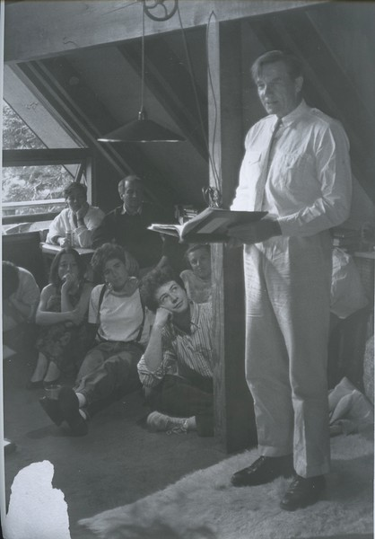 1989 - Galway Kinnel reading during recitations @ upper house.jpeg