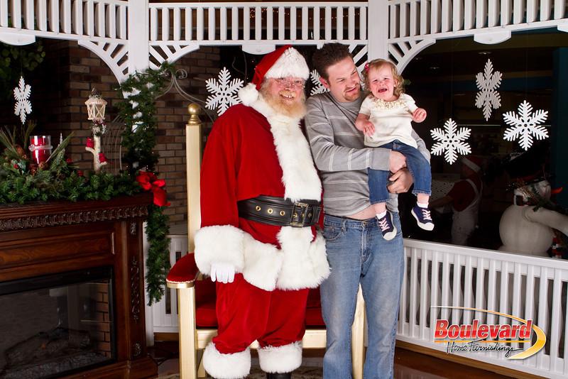 Santa Dec 8-297.jpg