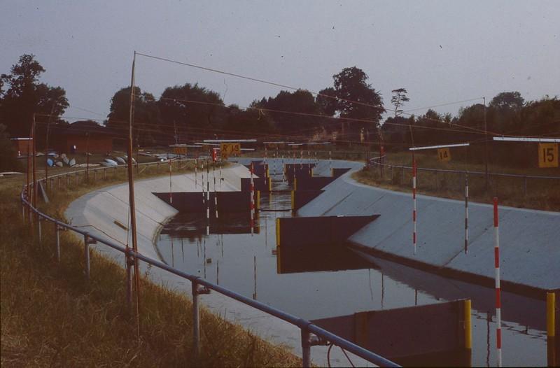 005-003 1984 Cardington, Div 3 (water off).jpg