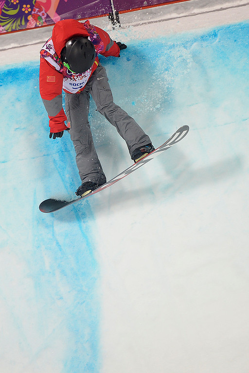 . China\'s Yiwei Zhang hits the lip of the halfpipe during the men\'s snowboard halfpipe final. Sochi 2014 Winter Olympics on Tuesday, February 11, 2014. (Photo by AAron Ontiveroz/The Denver Post)