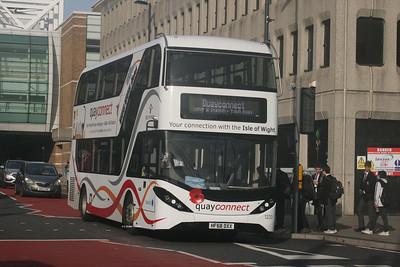 1233, HF68DXX, Bluestar, Bargates, Southampton