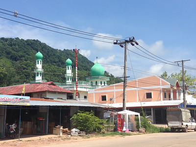 Koh Lanta Mosque Temples and Churches