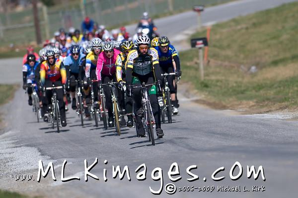 Cat 4 Men  Cat 3/4 Women  35+ Cat 2 Women  Jr. Women 15-18  Jr. Men 10 thru 18  Kirkwood Road Race 3/29/2008