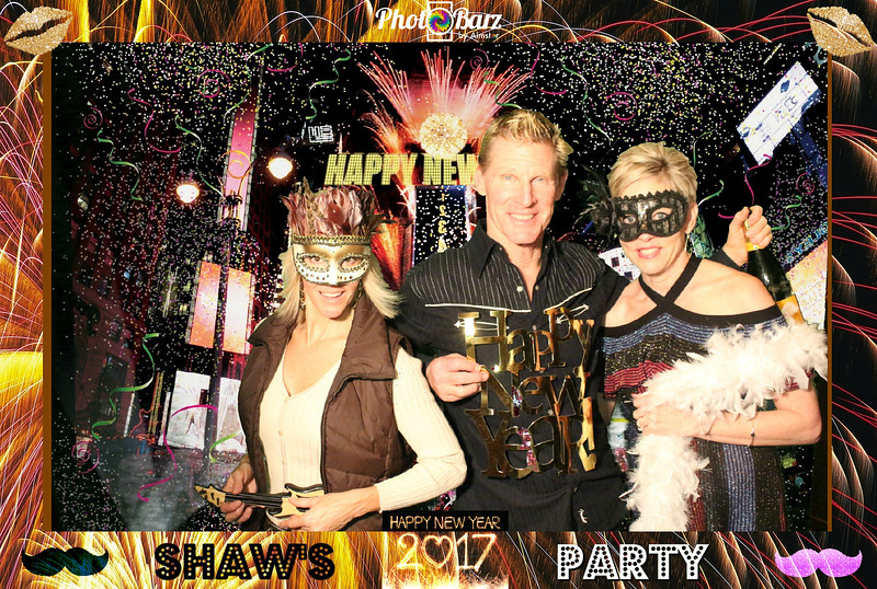 Shaws NYDay Party (95).jpg