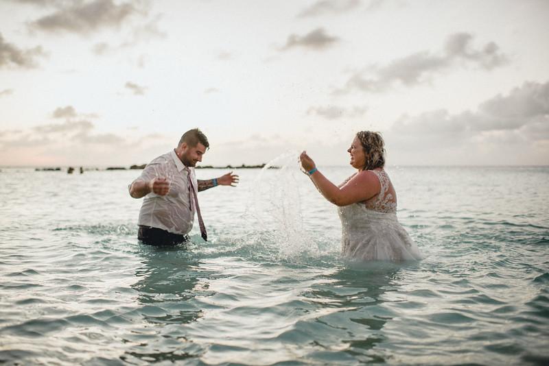 Requiem Images - Aruba Riu Palace Caribbean - Luxury Destination Wedding Photographer - Day after - Megan Aaron -88.jpg