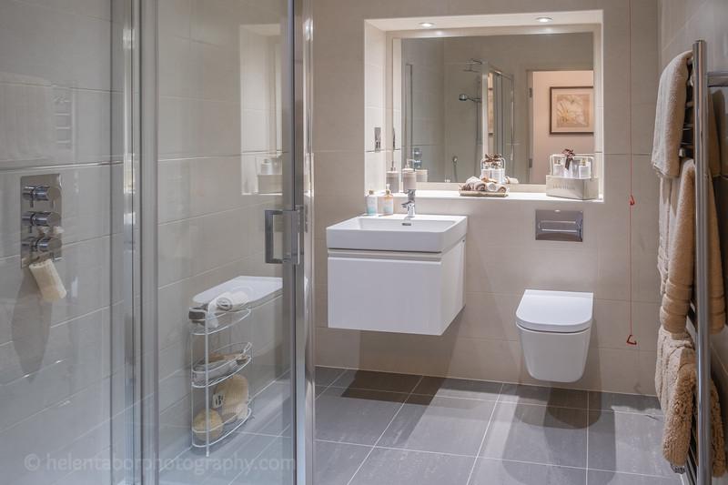 Red House bathroom-3.jpg