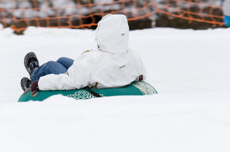 Opening-Day-Tubing-2014_Snow-Trails-71009.jpg