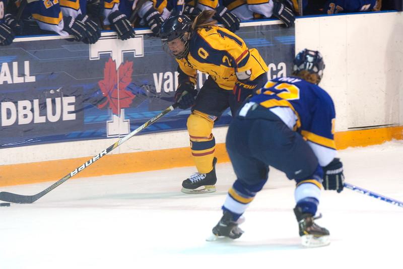 20130310 QWHockeyvsUBC 398.jpg