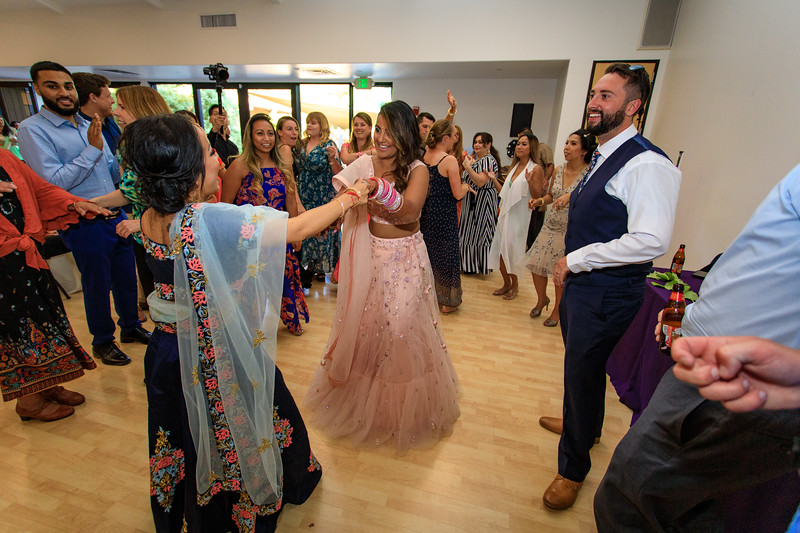 Neelam_and_Matt_Gurdwara_Wedding-1656.jpg