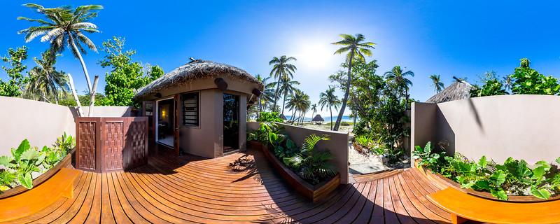 Deluxe Beachfront Bure - Yasawa Island Resort & Spa