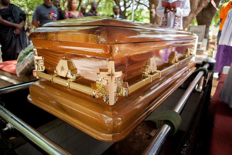 gamor_funeral-7041.jpg