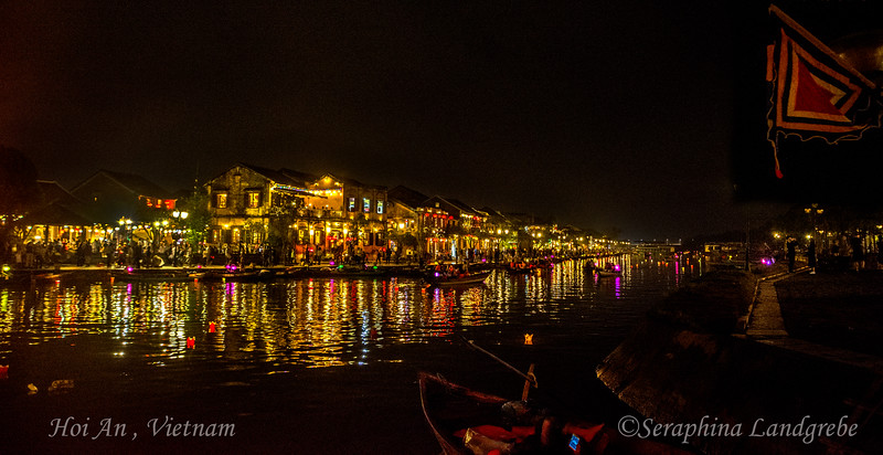 _DSC8641River Night lights.jpg