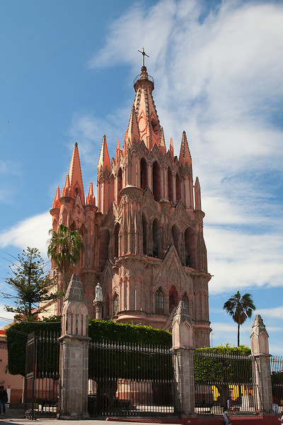 La Parroquia and El Jardin-San Miguel