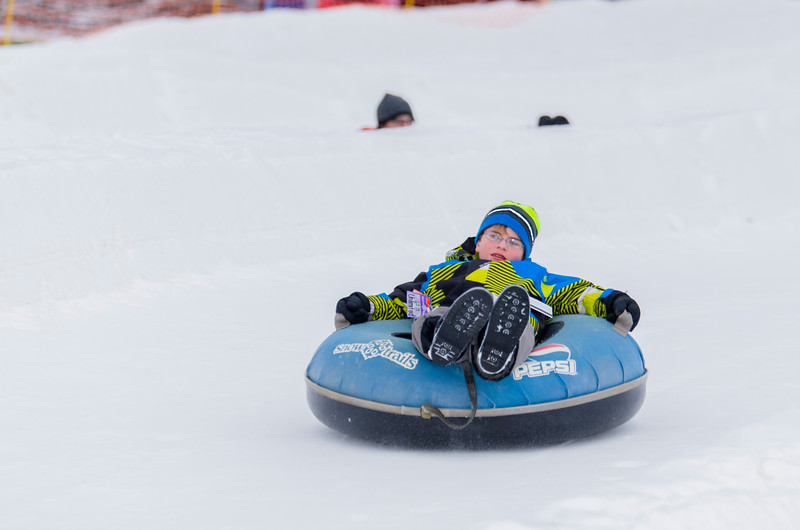 Opening-Day-Tubing-2014_Snow-Trails-70994.jpg