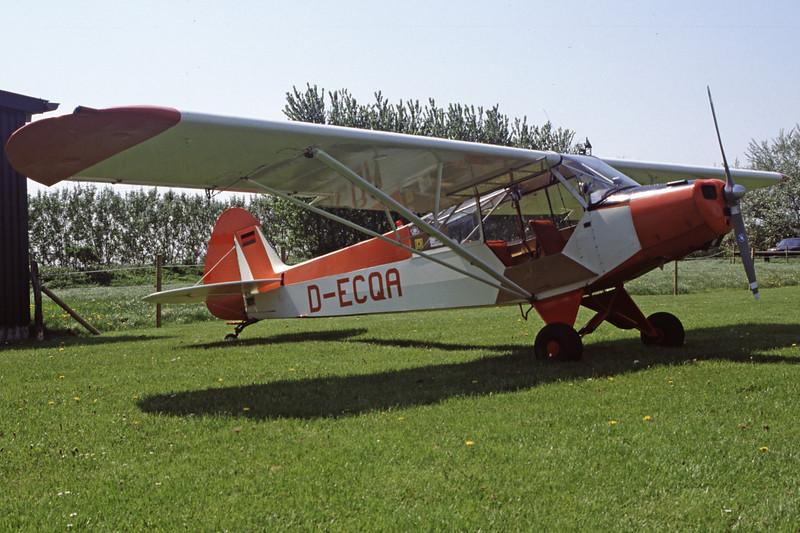 D-ECQA-PiperPA-18-95SuperCub-Private-EDXB-2000-05-07-HF-16-KBVPCollection.jpg