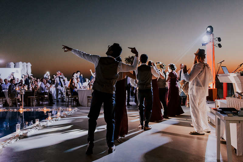 Tu-Nguyen-Destination-Wedding-Photographer-Santorini-Rocabella-Hotel-Euna-Ehsan-722.jpg