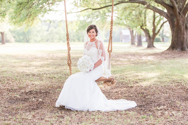 Ashlyn | Oak Tree Bridal Session