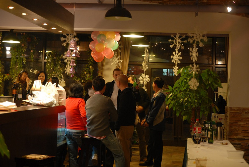 Will & Sigrid's Christmas Party 2009 - Dec 25, 2009 @ Seasons Cafe Beijing (35).jpeg
