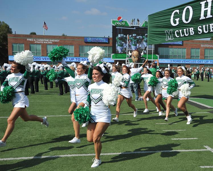 cheerleaders6209.jpg