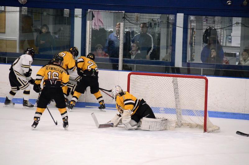 150103 Jr. Bruins vs. Providence Capitals-143.JPG