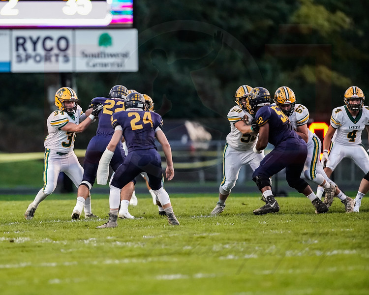 Amherst vs Plmsted Falls-27.jpg