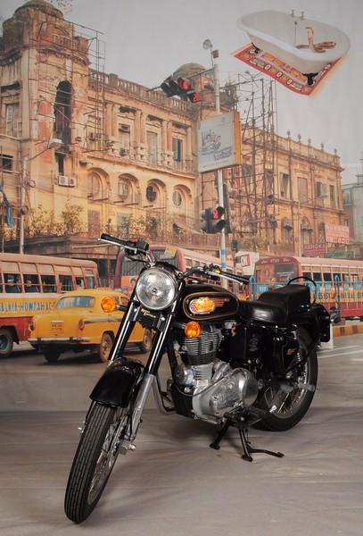 Royal Enfield bike set.jpg