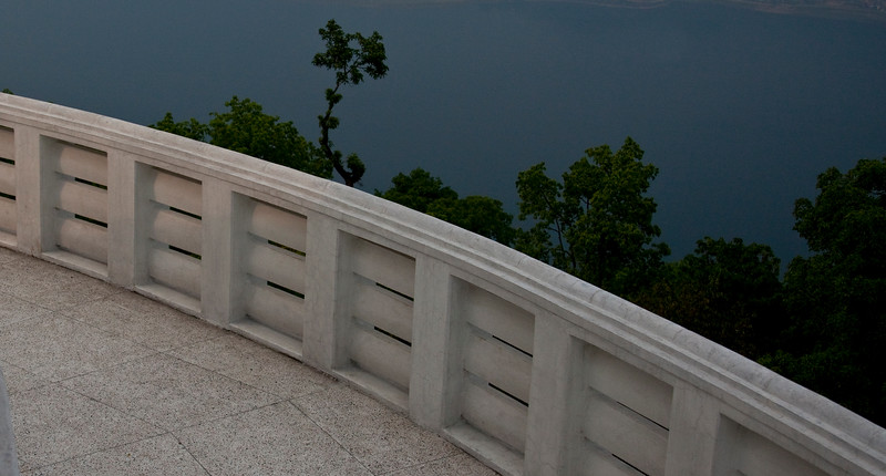 World Peace Pagoda - lake Phewa (25 of 43).jpg